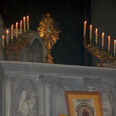 Adoration dans notre chapelle